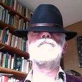 ManMetBaard_jpg_120x120_crop_upscale_q85