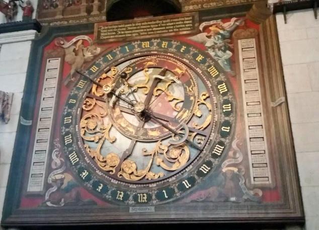 het astrolabium van de astronomische klok kathedraal munster (1)